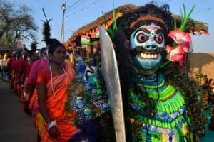 Artistes from Jharkhand perform at the Surajkund Mela at Faridabad.
