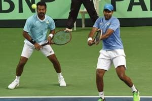 Leander Paes (left) and Vishnu Vardhan during India's Davis Cup doubles match against New Zealand