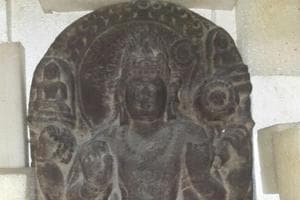 Antiques worth crores seized from American businessman in Mumbai
