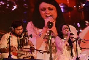 """inger-Songwriter Sonam Kalra prefroms with """"The Sufi Gospel Project"""" during the Hindustan Times Kala Ghoda Arts festival 2017 at Cross Maidan, Churchgate on Sunday."""