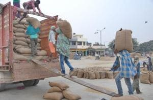 The dispute had erupted after the RBI pointed out a gap between the existing stocks of grains and the money shown to have been spent on procurement.