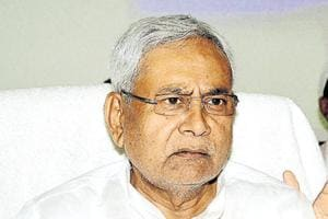 Nitish takes a U-turn on note ban, calls for greater opposition unity