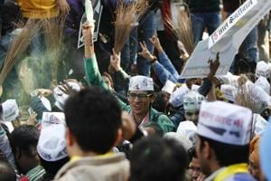 With broom,AAP now eyes clean sweep at Delhi's municipal corporation polls