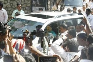 Sasikala on her way to meet AIADMK legislators at Golden Bay resort, in Chennai on Saturday.