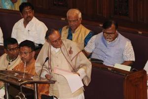 Opposition threaten to stall Mamata govt's plan to recruit 72,000 schoolteachers