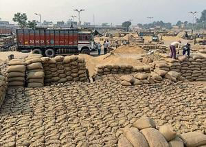 The value of physical food stocks in godowns should match the money that the Centre sanctions through banks for procurement of foodgrains under the cash credit limit.