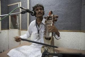 Asin Khan Langa, played sarangi at festivals across India, Europe, Russia, China and the US and still squeezes in two to four hours of practice almost every day