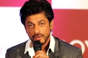 Railway vendor wants to withdraw case against Shah Rukh Khan