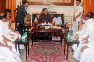 Tamil Nadu crisis: A floor test will push Panneerselvam's CM dreams farther away