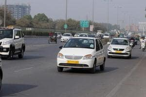 As earnings dry up, cabbies ply on their own