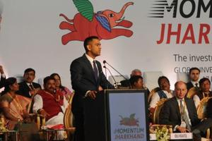 Captain Cool Dhoni basks in limelight at meet