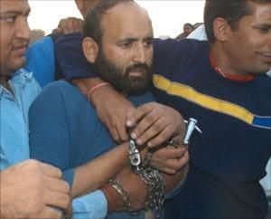 Delhi serial blasts: Tariq Ahmed Dar cannot walk out of prison yet