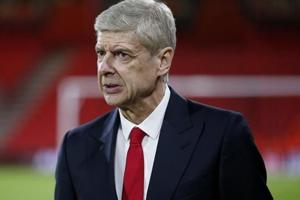 I'd prefer to stay at Arsenal, says under-fire manager Arsene Wenger