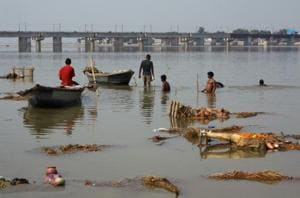 UP election: Of Varanasi dhobis, Clean Ganga project, unfulfilled...