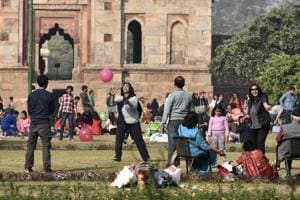 Winter may be over in Delhi as city sees hottest Feb 19 in 5 years