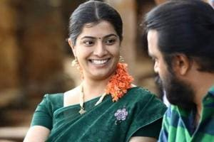 Actresses shouldn't be judged on screen avatar: Varalaxmi Sarathkumar...