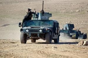 Iraqi forces fight Islamic State to battle their way toward Mosul...