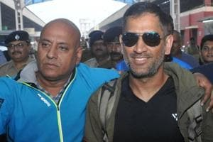 Mahendra Singh Dhoni travels in train after 13 years ahead of Vijay Hazare Trophy