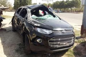 Noida expressway: Sharda university BTech student killed in car crash