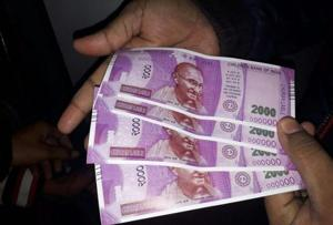 Modi's demonetisation woe: Rs 2,000 notes could attract more fake money dealers
