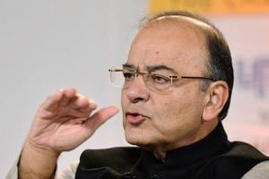 Finance minister Jaitley on a 5-day visit to UK to woo investors amid...