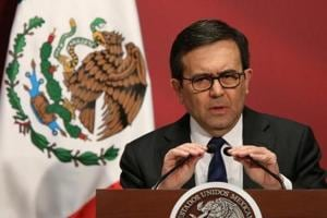 Confident Mexico says will not rush to negotiate free trade agreement...