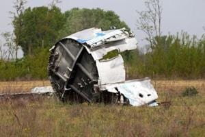 Small plane crashes in central Pakistan, instructor and trainee pilot...