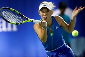 Caroline Wozniacki into Dubai final, waiting for Angelique Kerber or...