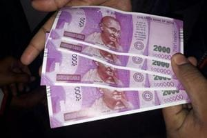 SBI ATM 'dispenses' fake note of Rs 2000, UP police probe complaint