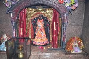 Thief escapes with deity's crown from Dasna Devi temple