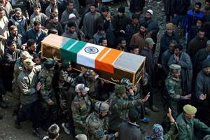Army chief pays tributes to 3 soldiers killed in militant attack in...