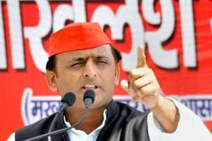 UP election: Road mishap digs potholes in Akhilesh's 'kaam bolta hai'...