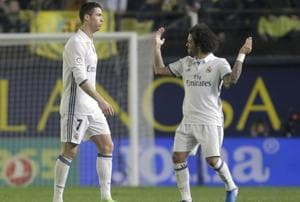 Real Madrid C.F. battle back to win at Villarreal C.F. and stay on top...