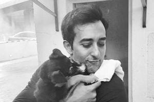 Rahul Khanna 'breaks up' and Twitterati offers best solutions. But...