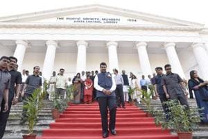 Maharashtra CM inaugurates renovated town hall at Asiatic Library