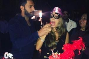 Here is how Yuvraj Singh celebrated wife Hazel Keech's birthday