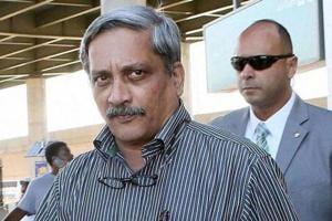 Shiv Sena targets Manohar Parrikar for Army paper leak