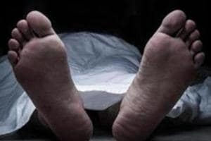 Boy jumps to death after spat with parents for smartphone