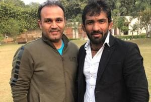 After Virender Sehwag, wrestler Yogeshwar Dutt adds fuel to Gurmehar...