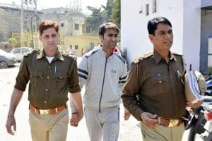 Freedom 251: Ghaziabad court dismisses bail pleas of Ringing Bells'...