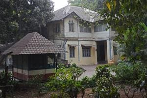 Mumbai bungalow given for Bal Thackeray memorial, where will the BMC...