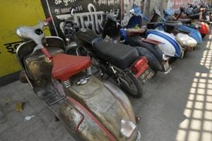 'Old beauties' brought back to life  by students in Lucknow