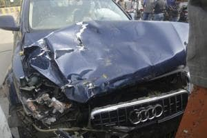 Audi crash: Victims' families approach Lucknow officials over lack of...
