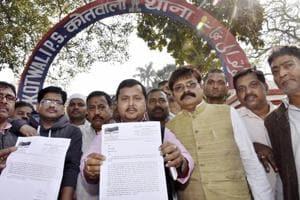 BJP MLA Nitin Navin showing the copy of FIR filed against Bihar