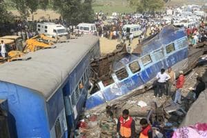 Railway offers 'no comment' on reasons behind Kanpur train tragedy