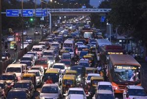 Govt to construct Delhi's longest skywalk at ITO junction