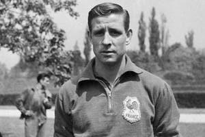 Raymond Kopa, the first French footballer to win Ballon d'Or, dies...