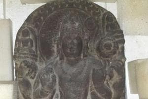 Mumbai antique smuggling case: Delhi courier agent arrested