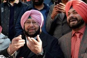 Punjab Pradesh Congress Committee president Amarinder Singh, Congress party candidate and former BJP MP Navjot Singh Sidhu, AICC in charge of Punjab Asha Kumari along with other party leaders during a joint press conference, in Amritsar.