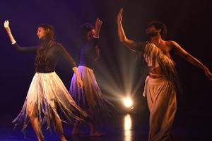 Khoj - a search: A contemporary dance drama by Sangeet Natak Academi